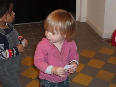 enfant avec ticket